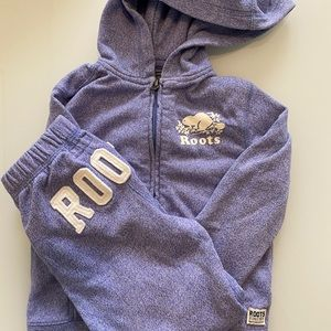 Girls roots hoody and sweat pants